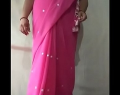 Mummy indian saree aunty